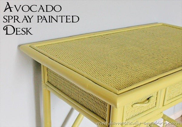 avocado desk 2