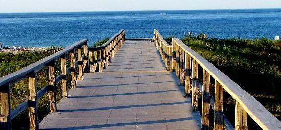 crane-beach-boardwalk