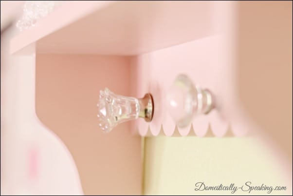 Domestically Speaking: A Cheap update for a little girl's shelf with glass knobs