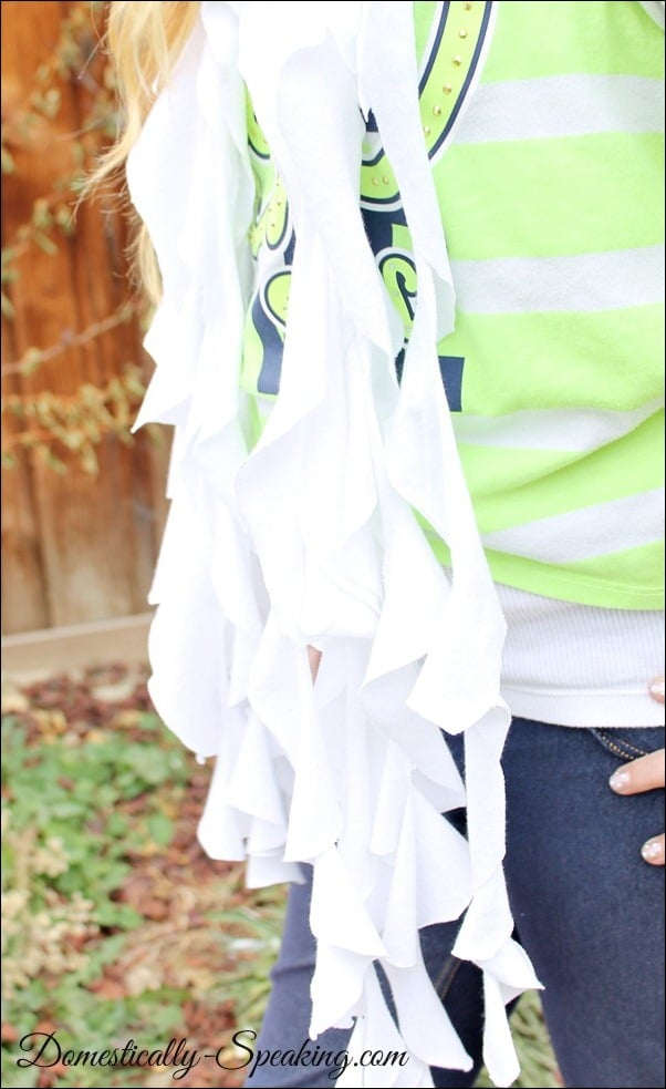 Domestically Speaking: No Sew T-Shirt Scarf