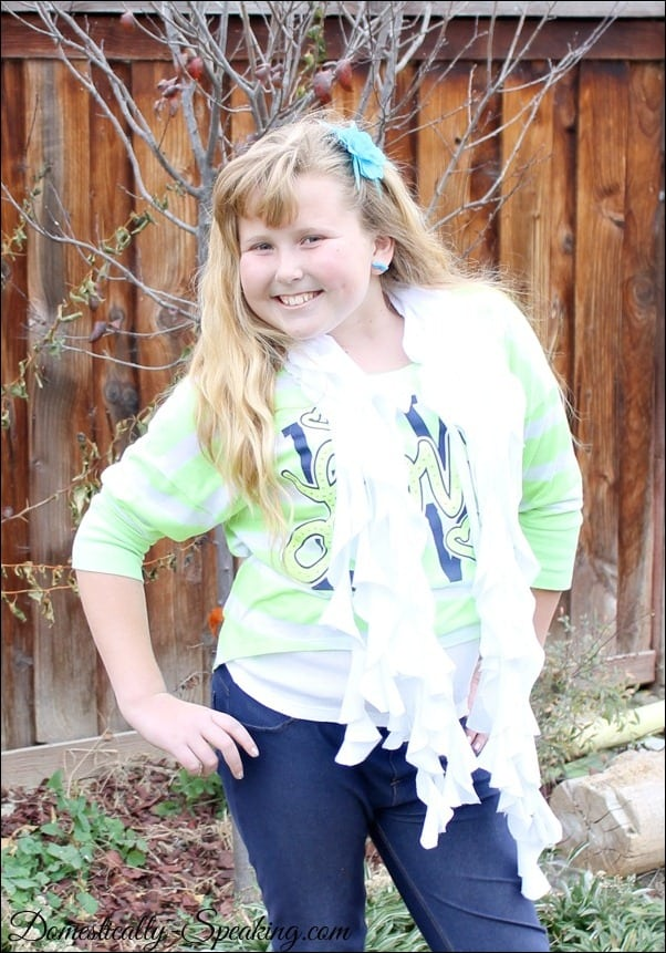 Domestically Speaking: No Sew Ruffled T-Shirt Scarf Tutorial