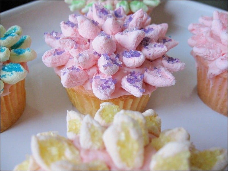 spring, cupcakes, mum, flowers, decorating, marshmallows