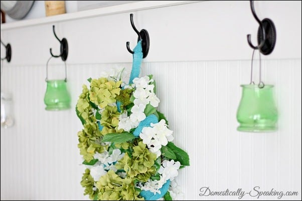 spring, wreath, blue, burlap, flowers, moss, green, hydrangaes