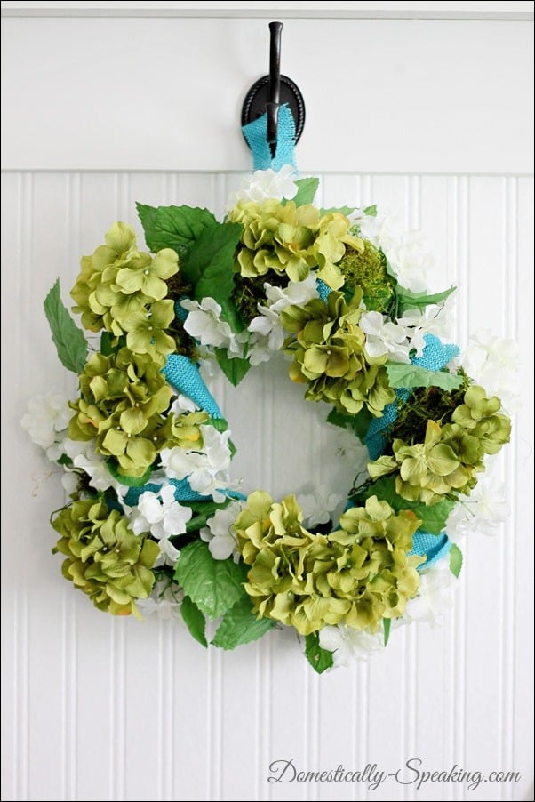 spring, wreath, blue, burlap, flowers, moss, green, hydrangeas