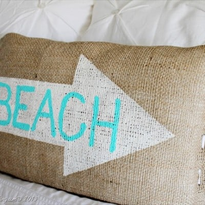 Pillows: Burlap, Paint and Pretty Fabrics