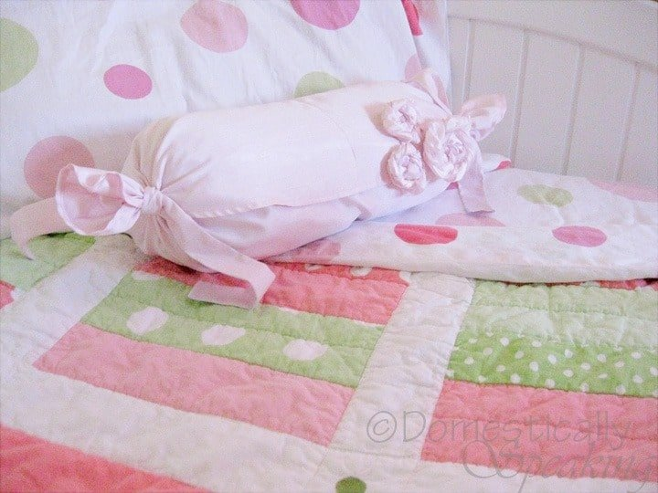 Frilly Princess Pillow from Laundry Disaster @ Domestically-Speaking.com