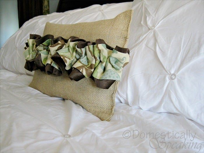 Ruffled Burlap Pillow @ Domestically-Speaking.com