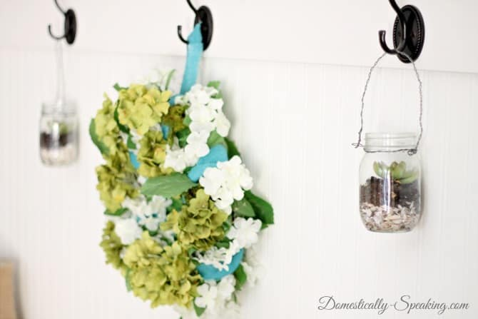Pottery Barn inspired hanging mason jar with succulents