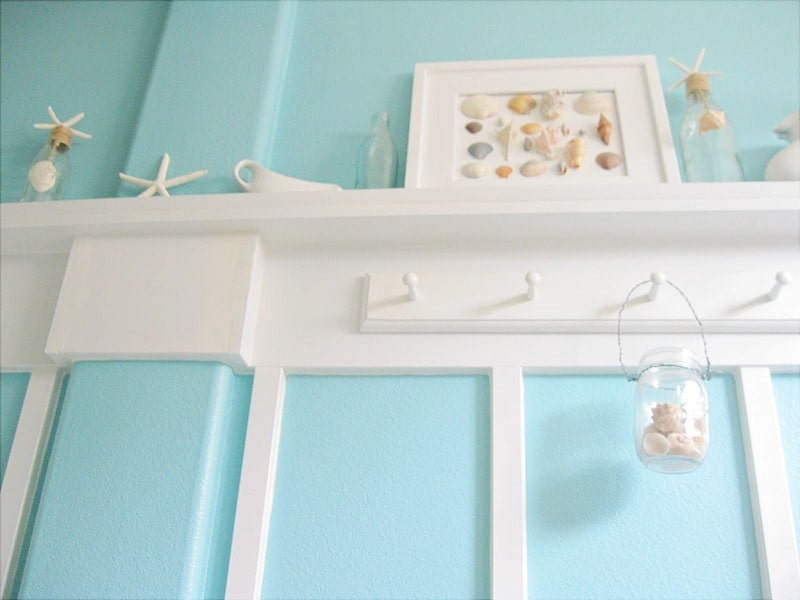 Beachy classic in cali home tour debbiedoos for Mint green and white room