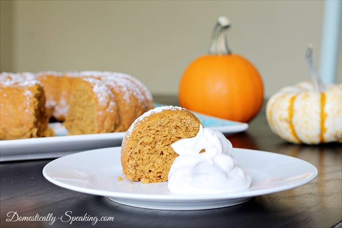 3 Ingredient Pumpkin Spice Cake with Greek Yogurt