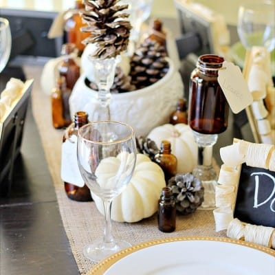 Fall Vignette ~ Thanksgiving Tablescape