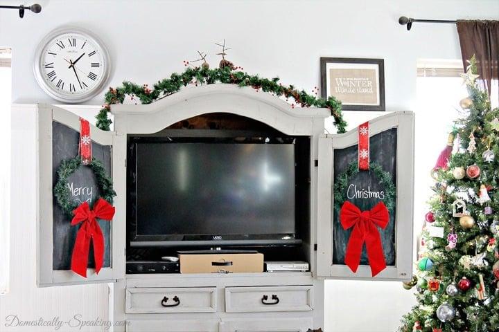 Easy Dollar Tree Wreaths