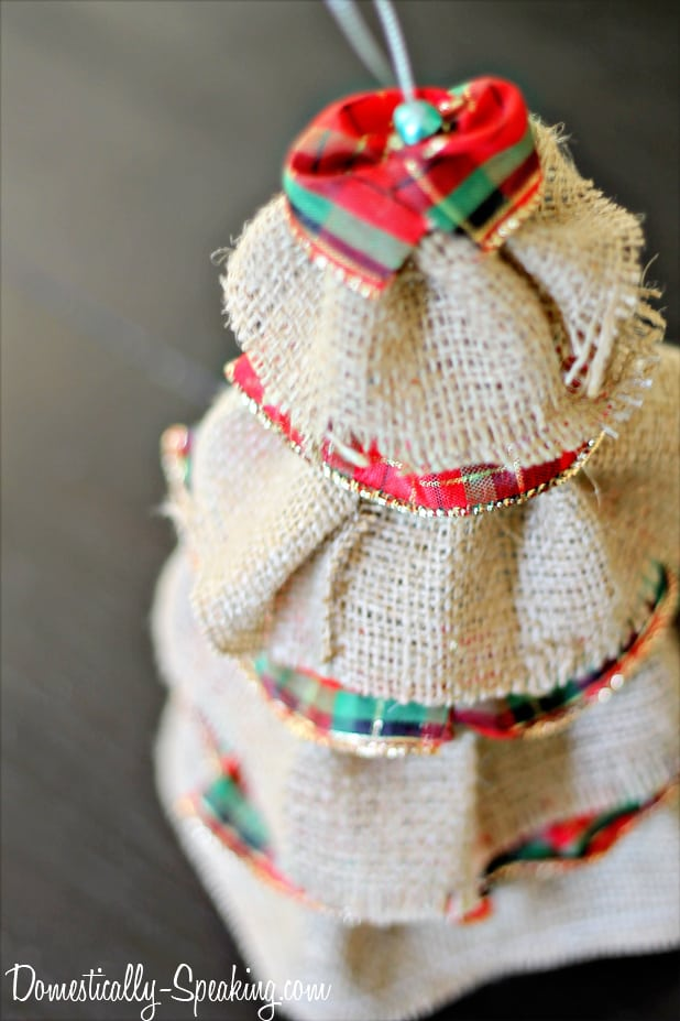 Burlap Plaid Christmas Tree