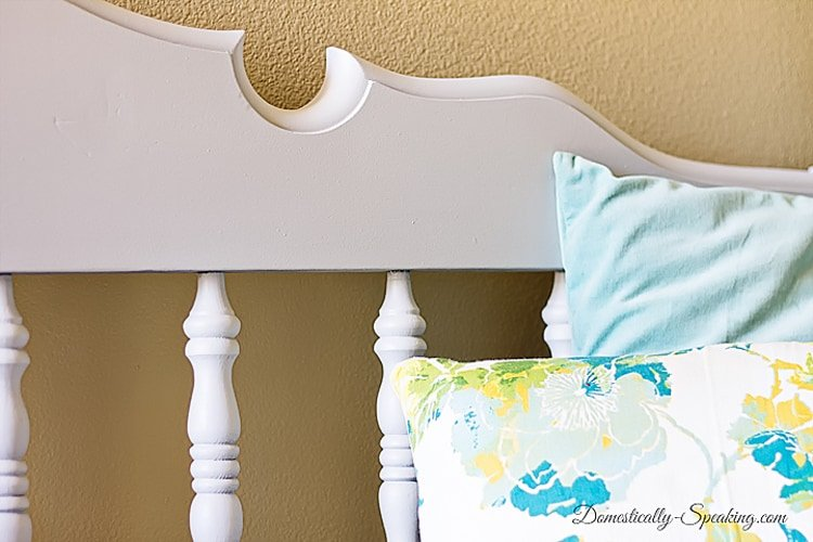 Beautiful Curved Frame on this Headboard Bench