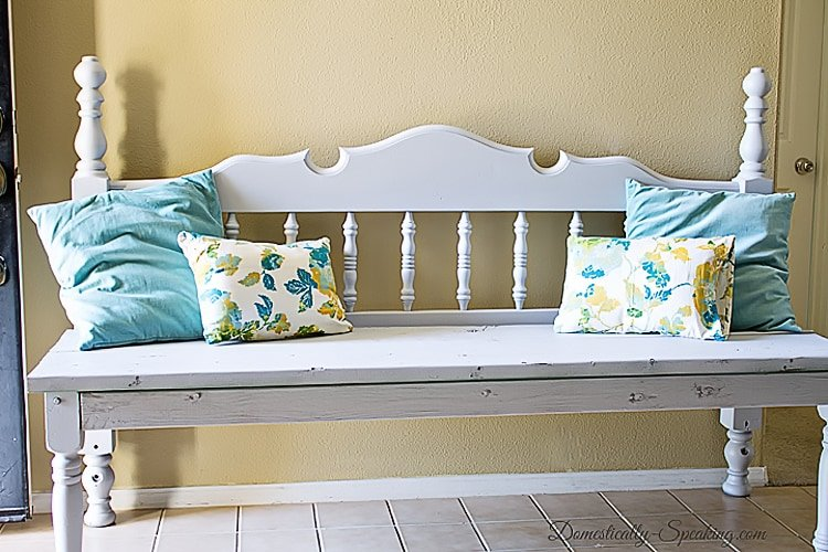 Gorgeous Gray Headboard Bench
