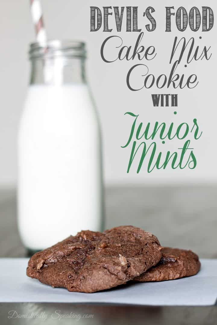 Devil's Food Cake Mix Cookies with Junior Mints #cakemixcookies #chocolate #mint #cookierecipe