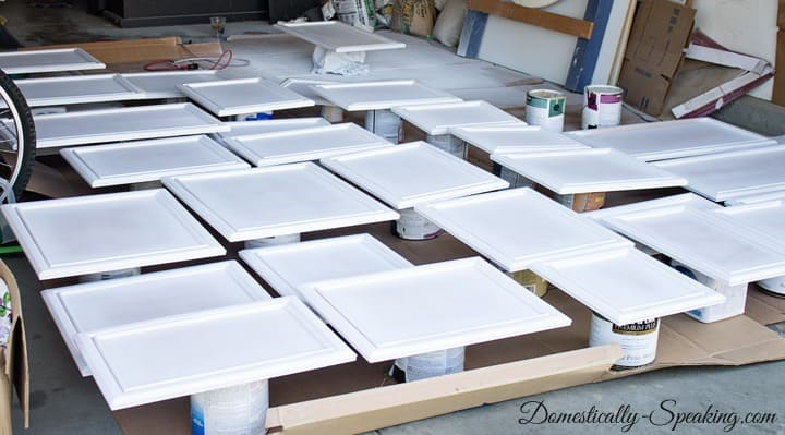 Prepping Cabinets for Paint Priming Cabinets