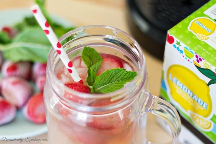Strawberry Mint Lemonade and Ice Tea Recipe