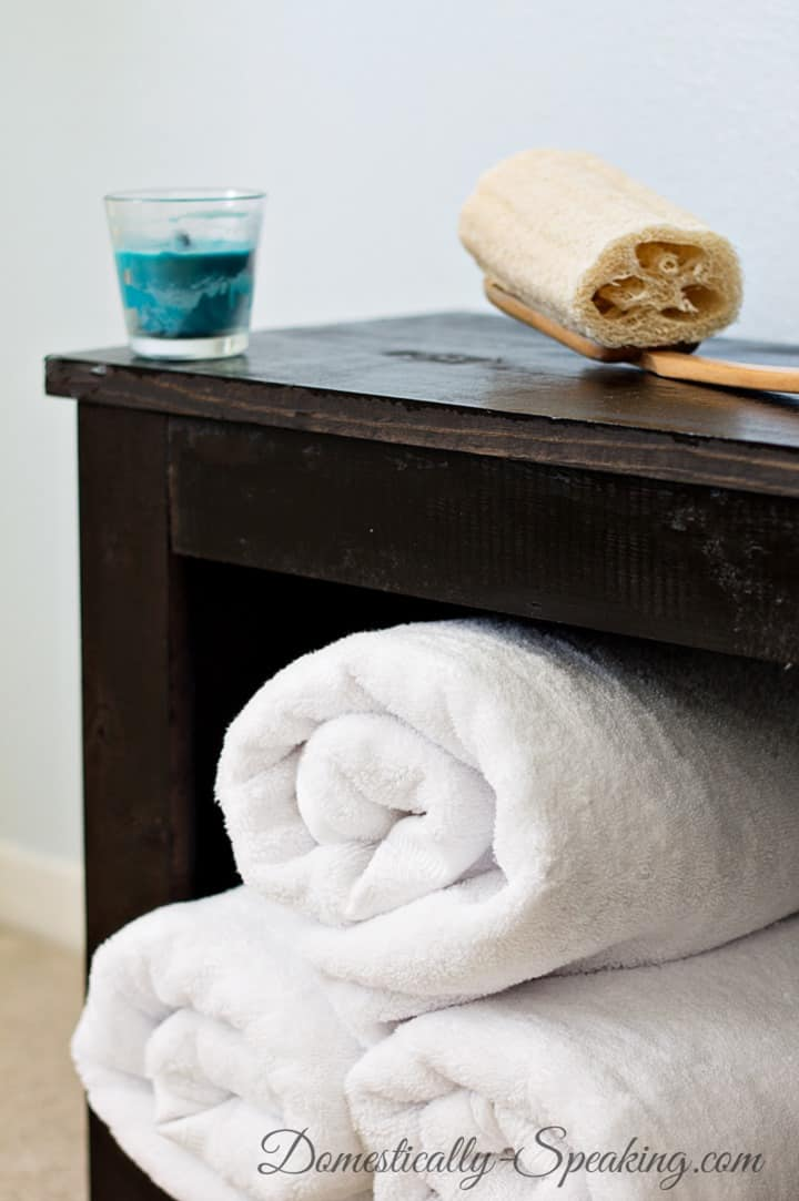 DIY Bathroom Bench Tutorial - you can make your own - it's great for storage