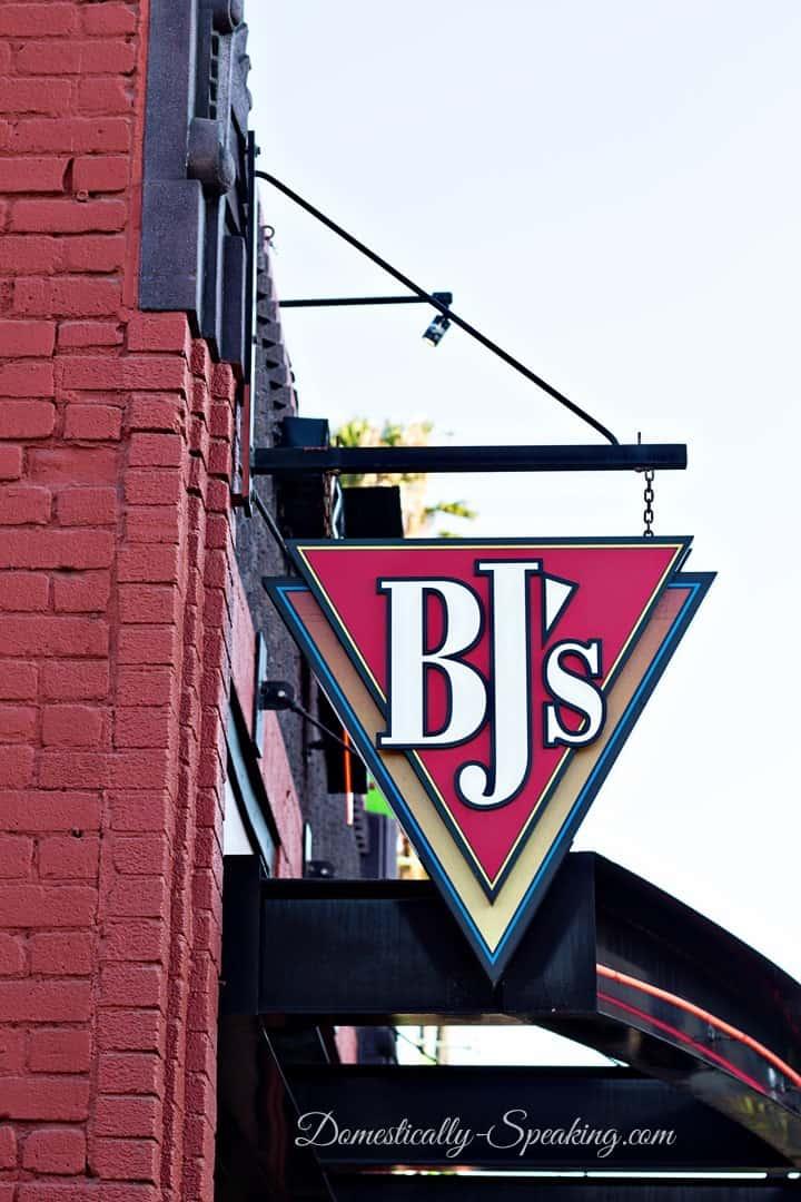 BJ's PIzza 8