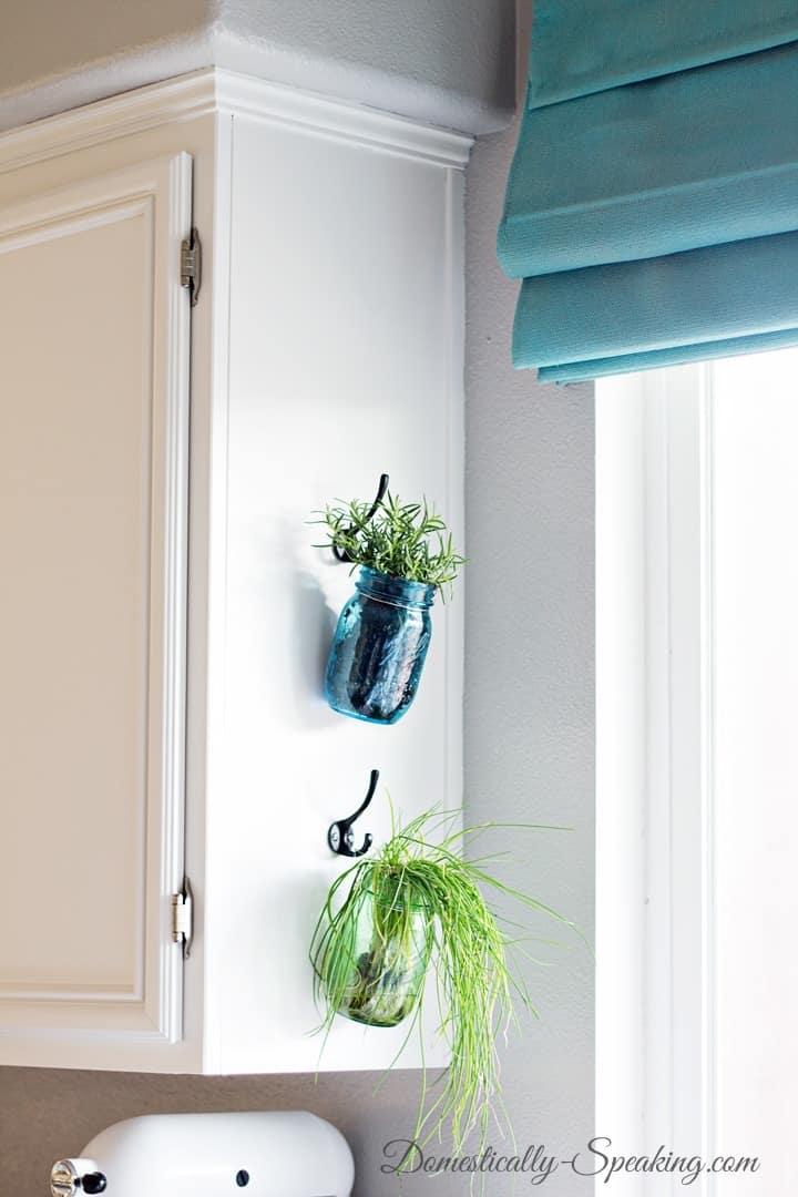 Indoor Hanging Herb Garden Part - 24: Small Herb Garden With Mason Jars