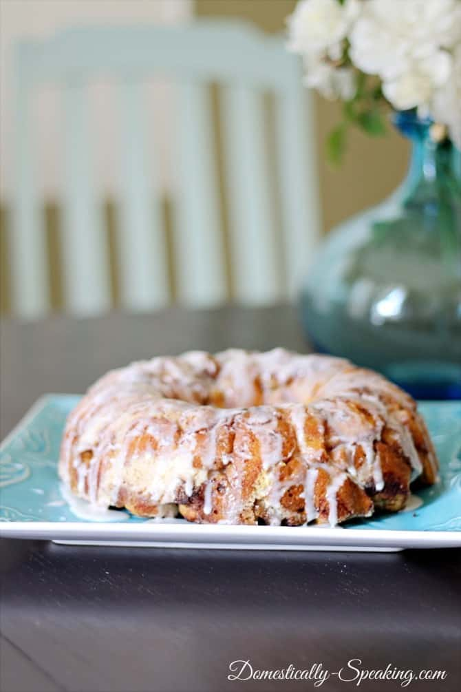 cinnamon roll, coffee cake, monkey bread, breakfast, finish