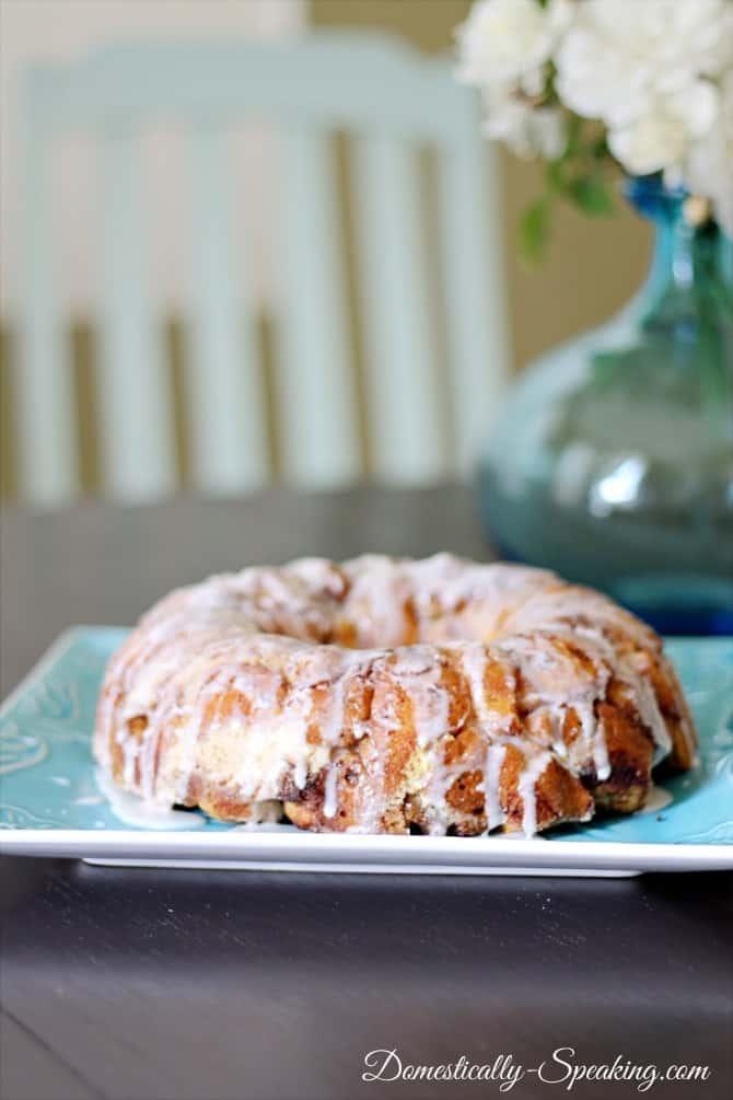 cinnamon roll, coffee cake, monkey bread, breakfast, finish