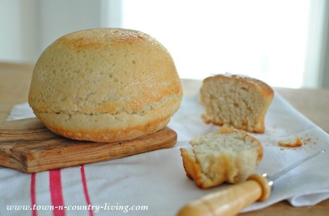 No Knead Peasant Bread from Town n Country Living
