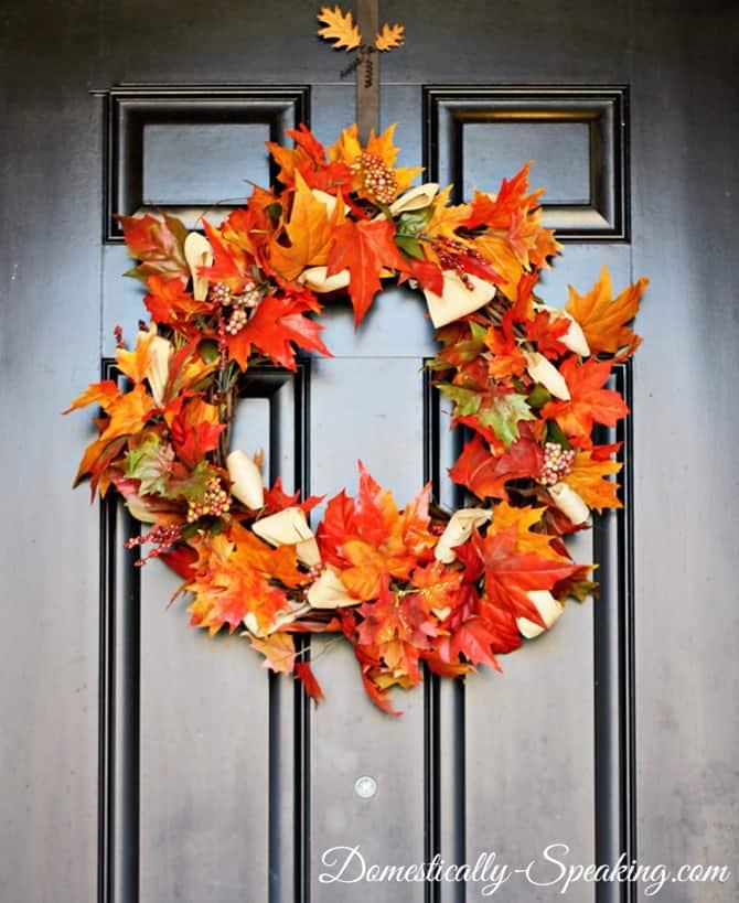 fall wreath update with corn husk 5