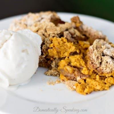 Crockpot Pumpkin Spice Dump Cake Recipe
