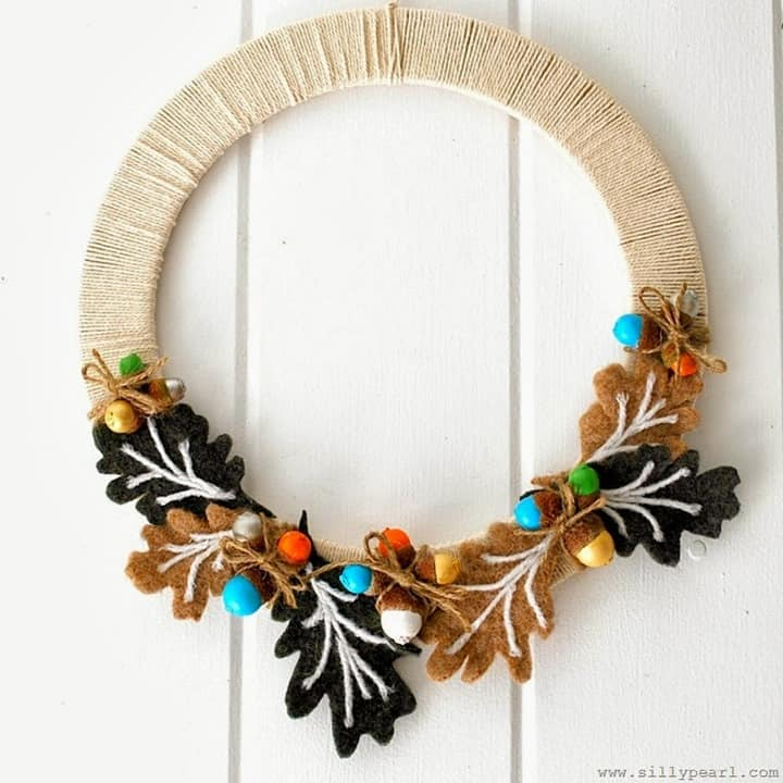 The Silly Pearl - Fall Acorn Wreath