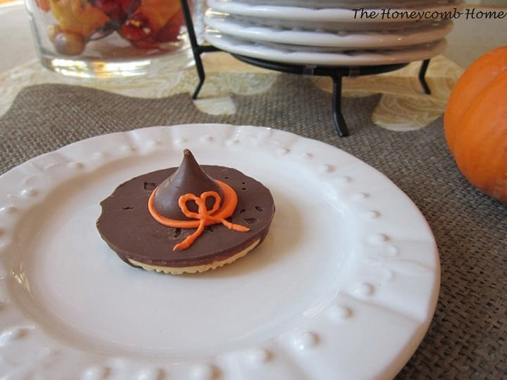 Witch Hat Cookie from The Honeycomb Home