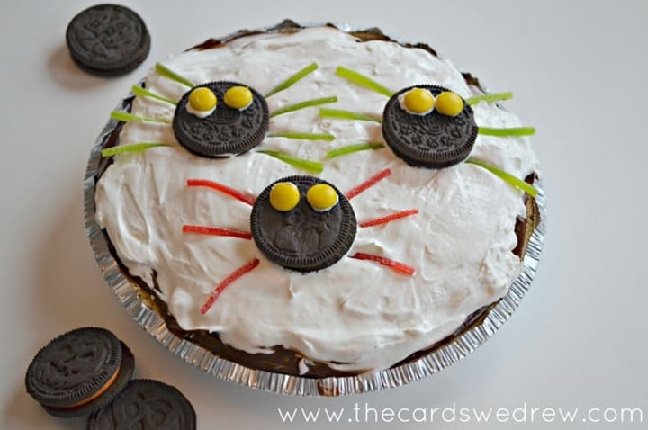 spooky-spider-oreo-pudding-pie from The Cards We Drew