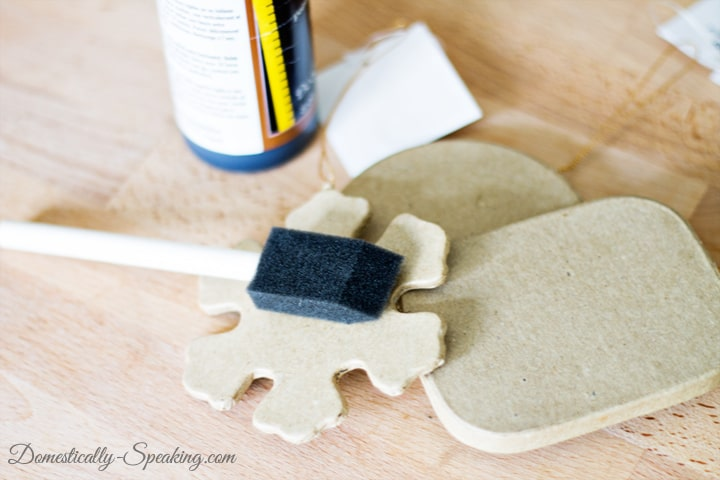 DIY Chalkboard Christmas Ornament 1