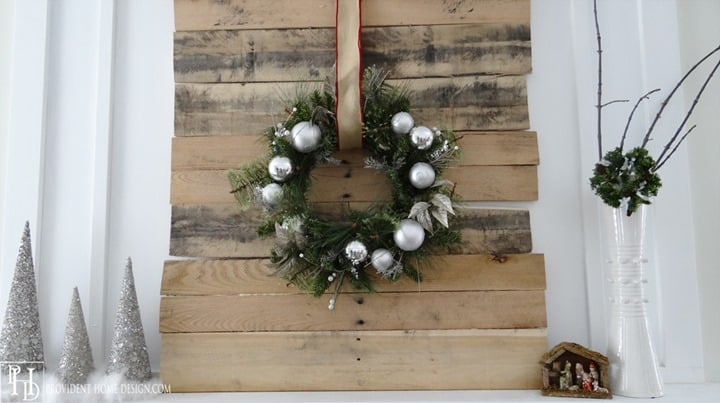 Rustic Christmas Wreath from Provident Home Design