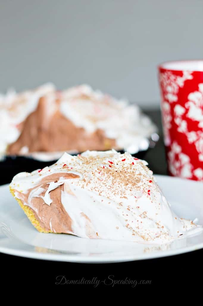 Easy Peppermint Chocolate Cream Pie