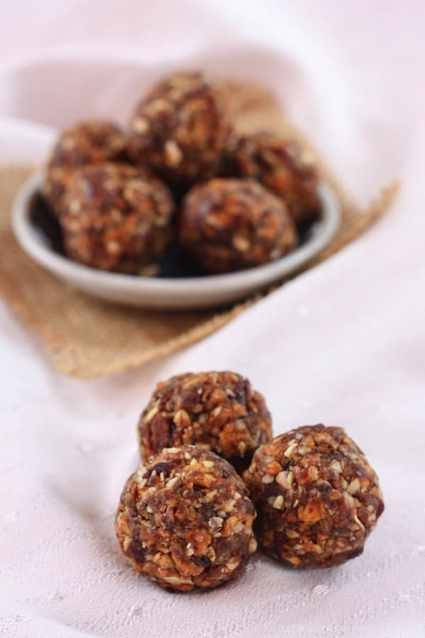 Peach-Crisp-Energy-Balls-Recipe from Cupcakes and Kale Chips