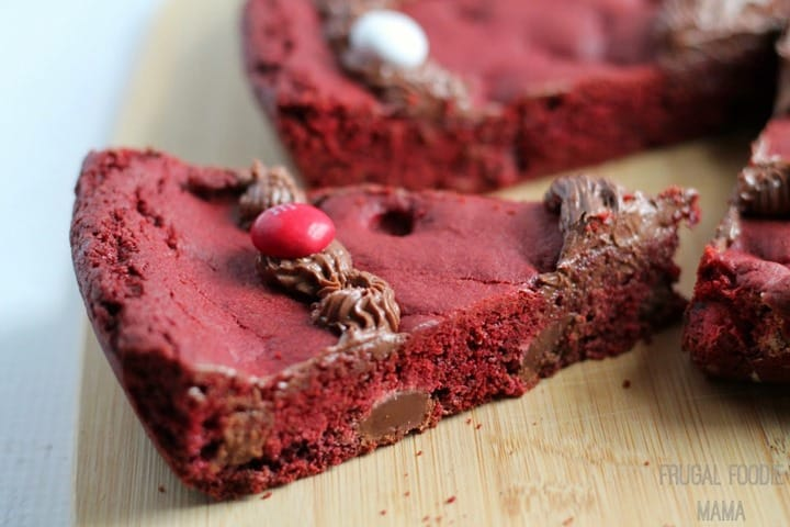 Red-Velvet-MMs-Skillet-Cookie from The Frugal Foodie Mama