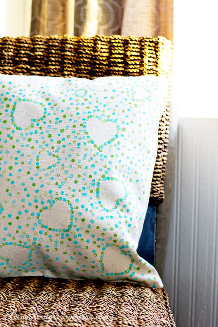 Valentine Polka Dot Heart Pillow Make your own with a drop cloth, paint, stickers and a glue gun!