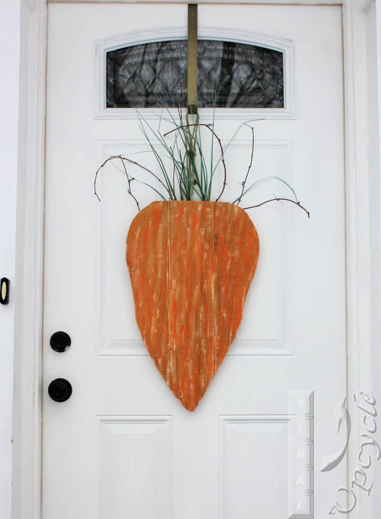 Spring Carrot Door Decor from Viral Upcycle