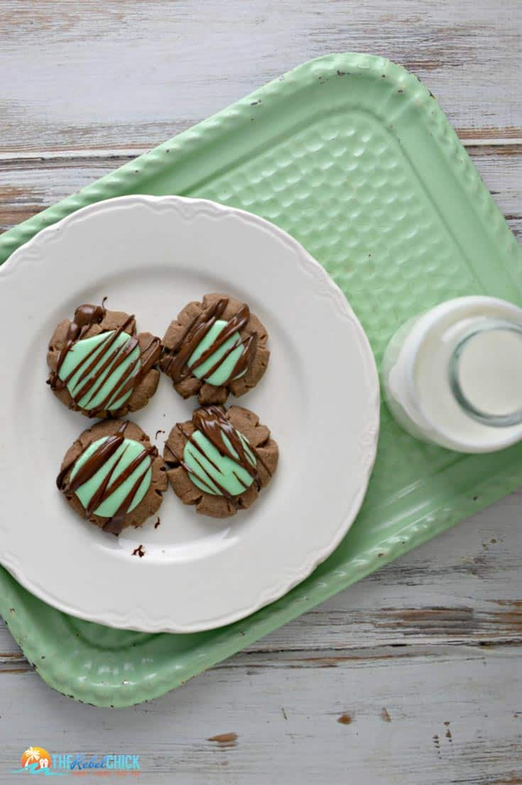 mint-chocolate-cookies from The Rebel Chick