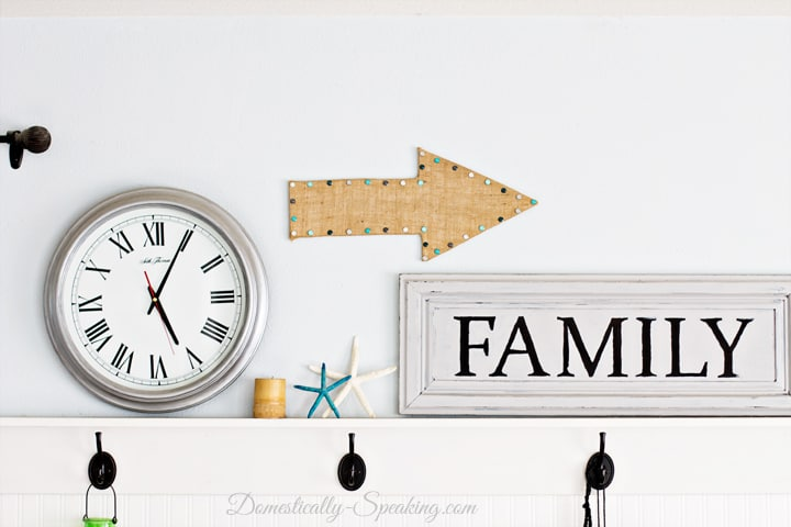 Burlap Arrow a fun addition to a gallery wall 4