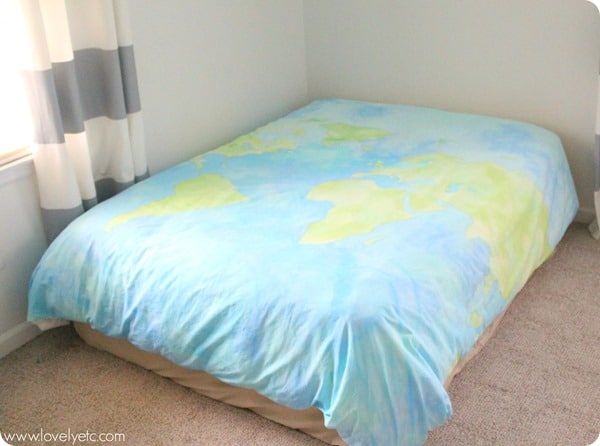 DIY-world-map-duvet-cover from Lovely Etc