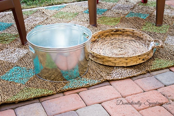 Easiest Outdoor Entertaining Table 2