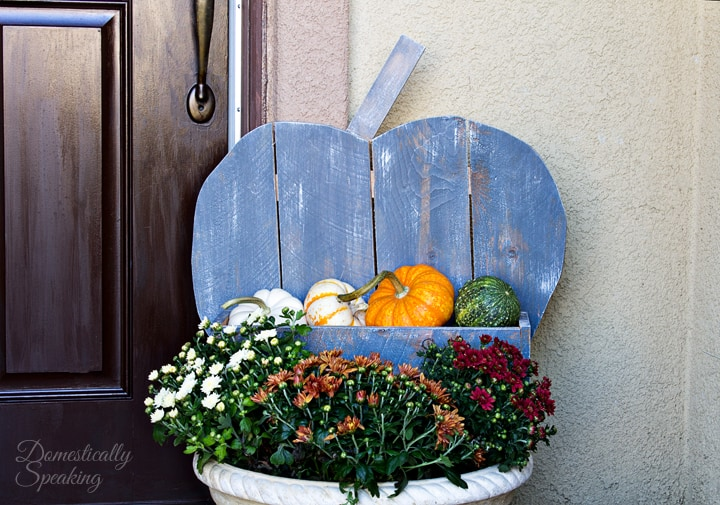 DIY Rustic Pumpkin for your Porch 3
