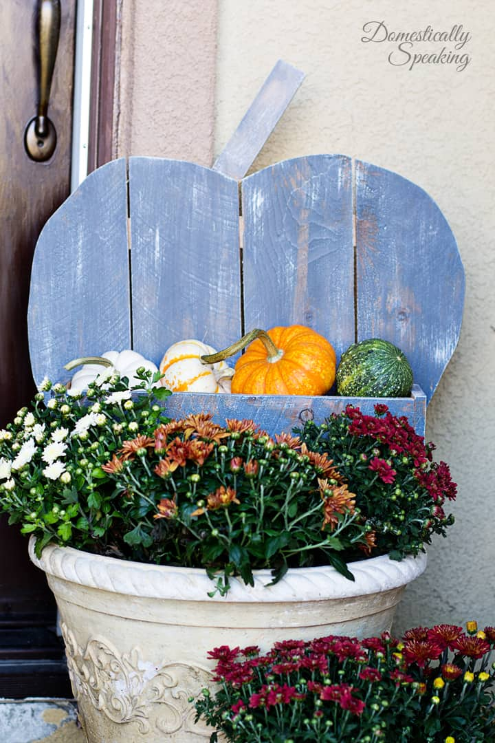 DIY Rustic Pumpkin for your Porch 5