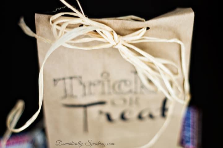 Trick or Treat Brown Paper Bag Printable 1