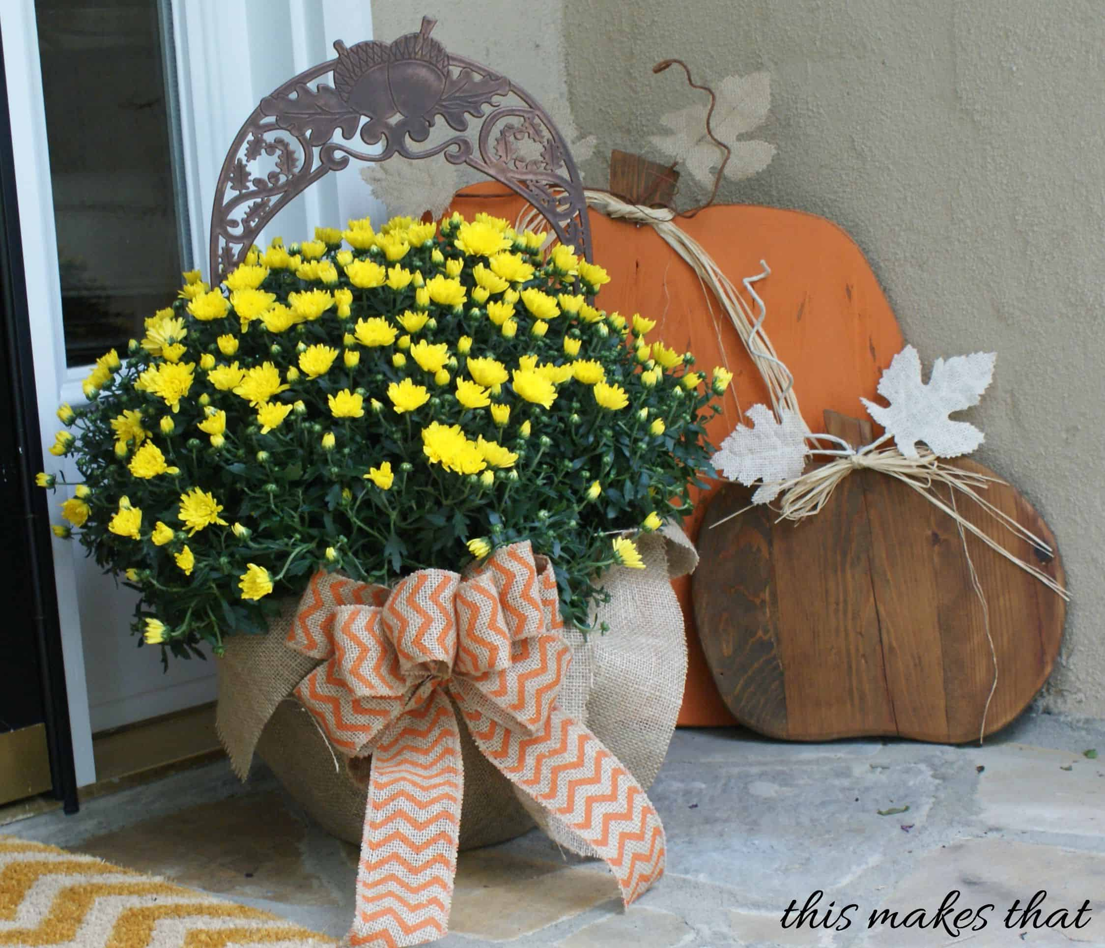 Burlap Wrapped Pots Are So Simple to Create for Simple Fall Decor