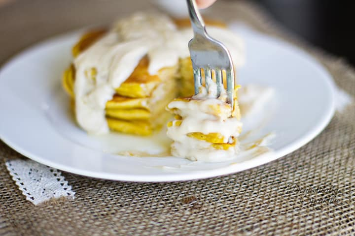 Pumpkin Spice Pancakes with Cream Cheese Maple Icing 4