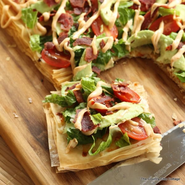 avocado-blt-pizza from The Country Chic Cottage